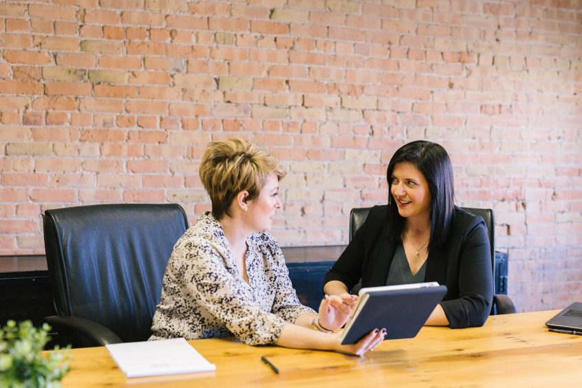 how to conduct board level communications
